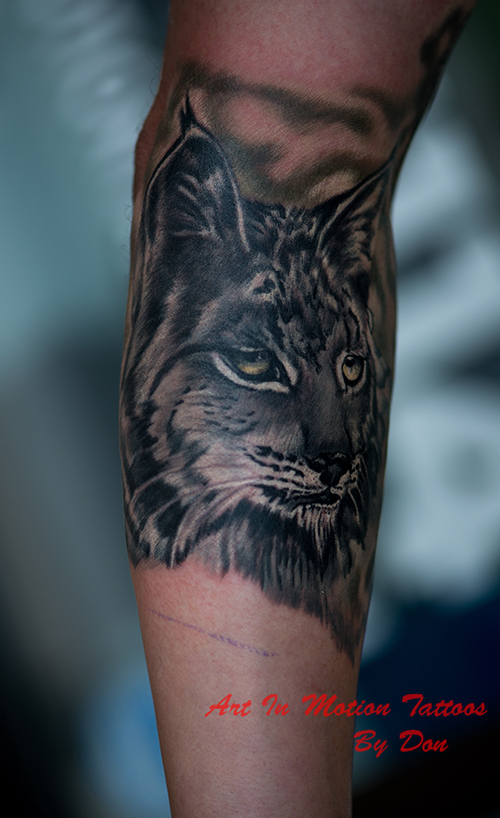 Black and grey gallery art in motion tattoos for Art in motion tattoo